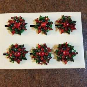 Pier 1 Cute 6 green and red napkin rings
